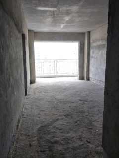 (赤坎)振兴大厦 2室2厅1卫74m²毛坯房