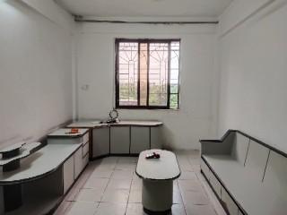 (赤坎)公路局宿舍中层2室2厅1卫80平仅租900元