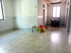3室1厅1卫82m²精装修