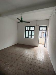 (赤坎)海棠路57号小区 3室2厅1卫117m²简单装修