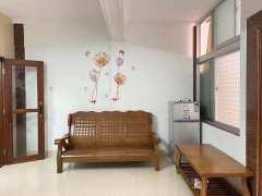 (赤坎)兴华广场附近中层精装齐全2室2厅80平仅租1600元