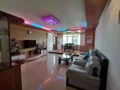 (霞山)和平大厦 3室2厅2卫2500元/月158m²出租