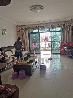 (霞山)鸿翔苑 3室2厅2卫64万150m²出售