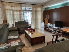 (开发区)锦绣华景(霞山) 3室2厅2卫110万138m²出售