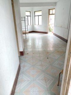 (霞山)海宁小区 3室1厅1卫65万94m²出售